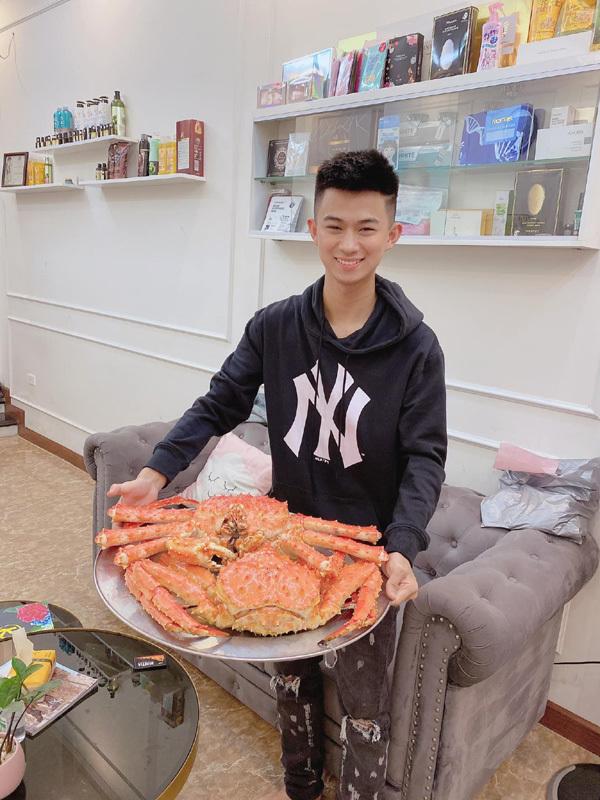 Chàng trai 20 tuổi làm 'vua hải sản' Phú Thọ