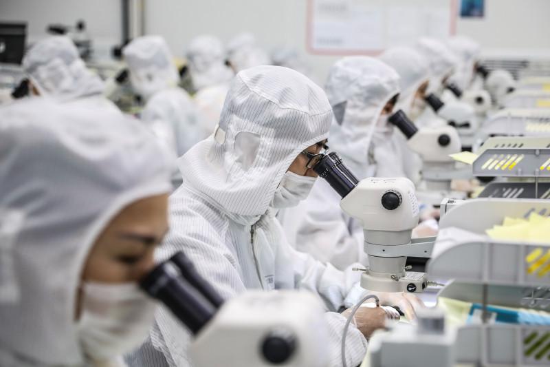 Trung Quốc thất bại trong cuộc chiến chip điện tử với Mỹ?