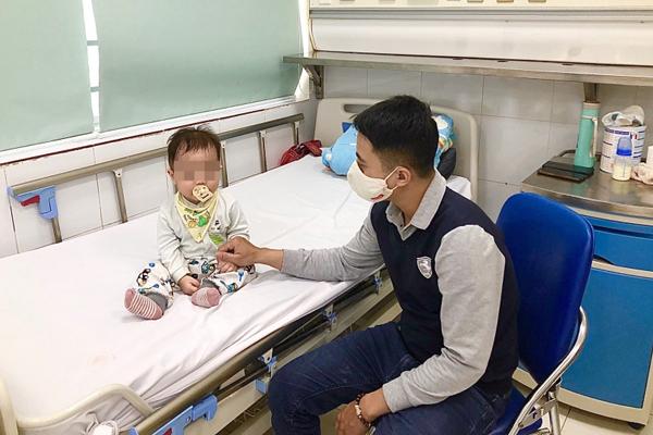 Hàng trăm trẻ nhập viện vì cúm mùa, có thể tử vong đột ngột
