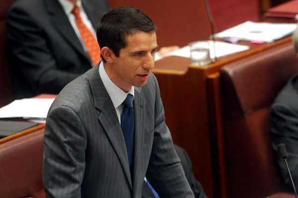 Australia sẽ kiện Trung Quốc lên WTO thumbnail