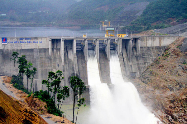 Hơn 20 nhà máy thuỷ điện ở Nghệ An không thể cắt lũ