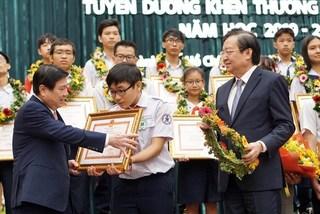 TP.HCM tăng thưởng gấp 20 lần cho học sinh được giải quốc tế