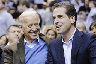 Sắp mãn nhiệm, ông Trump tính tung 'đòn hiểm' với con trai ông Biden?