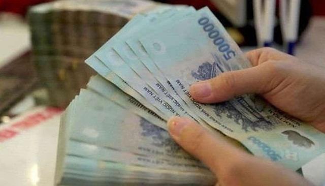 Từ 2/2021: Ba quy định về cách trả lương sẽ có hiệu lực