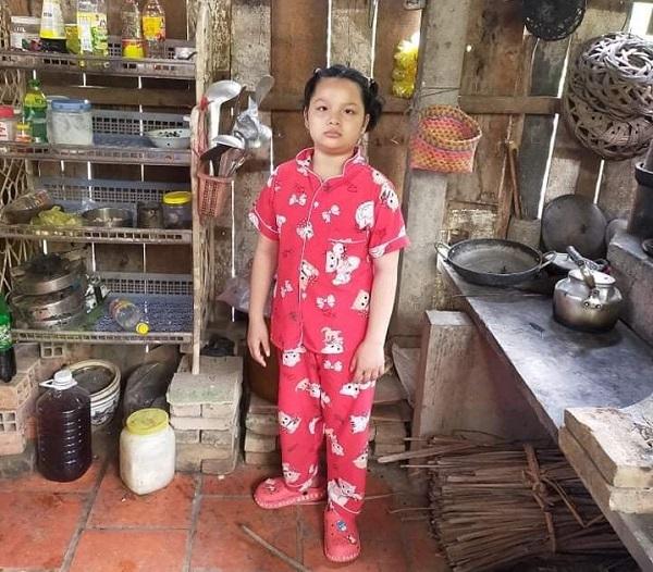 Bé gái 9 tuổi 'uống thuốc thay cơm'