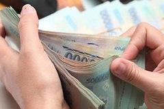 Doanh nghiệp phải đền bù nếu chậm trả lương cho người lao động