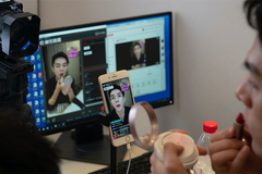 Vietnamese can earn big money from livestreaming sales