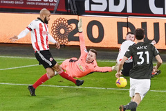 Solskjaer lý giải chọn Henderson thay De Gea, dính lỗi ngớ ngẩn
