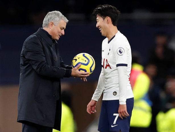 Mourinho dẫn dắt Roma, Tottenham giảm gần 50% tiền bồi thường