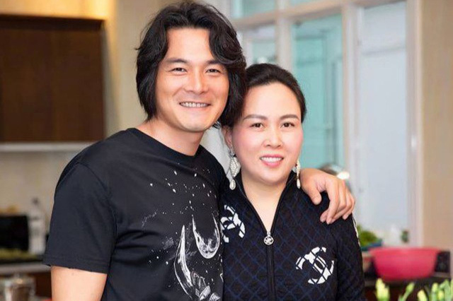 Sao nam Việt lấy vợ hơn tuổi vẫn lãng mạn, hạnh phúc
