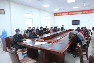 """Đột kích vũ trường lớn nhất Quảng Ninh, 78 người """"bay lắc"""" điên cuồng"""