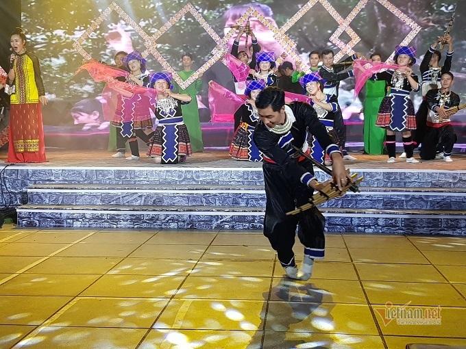 Tái hiện đám cưới người Giáy trong Tuần văn hóa du lịch Lai Châu tại Hà Nội
