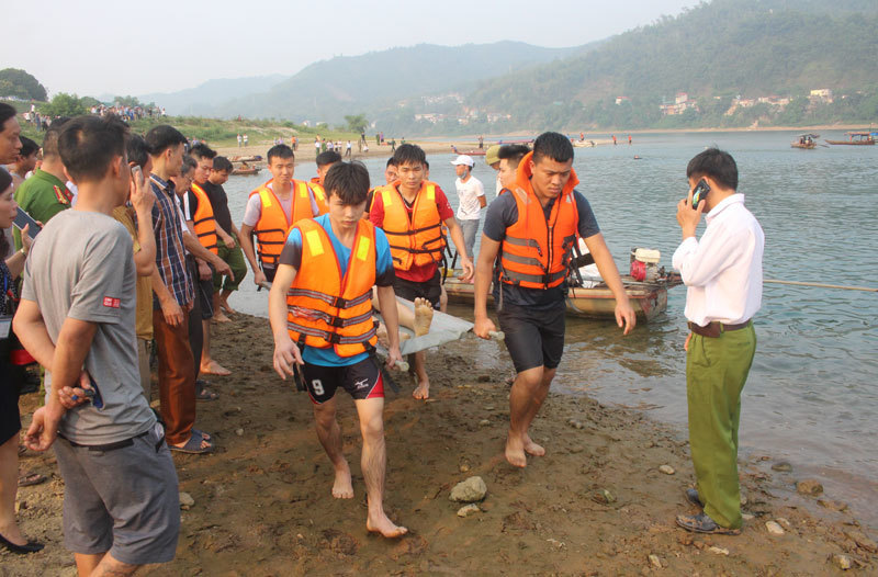 Khoảng 2.000 trẻ em Việt Nam chết đuối mỗi năm