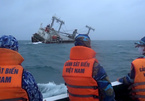 Tàu Panama chở 7.800 tấn hàng chìm trên biển Phú Quý, cứu hộ nhiều thuyền viên