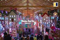 Xem người dân Hong Kong chào đón Giáng sinh thời Covid-19
