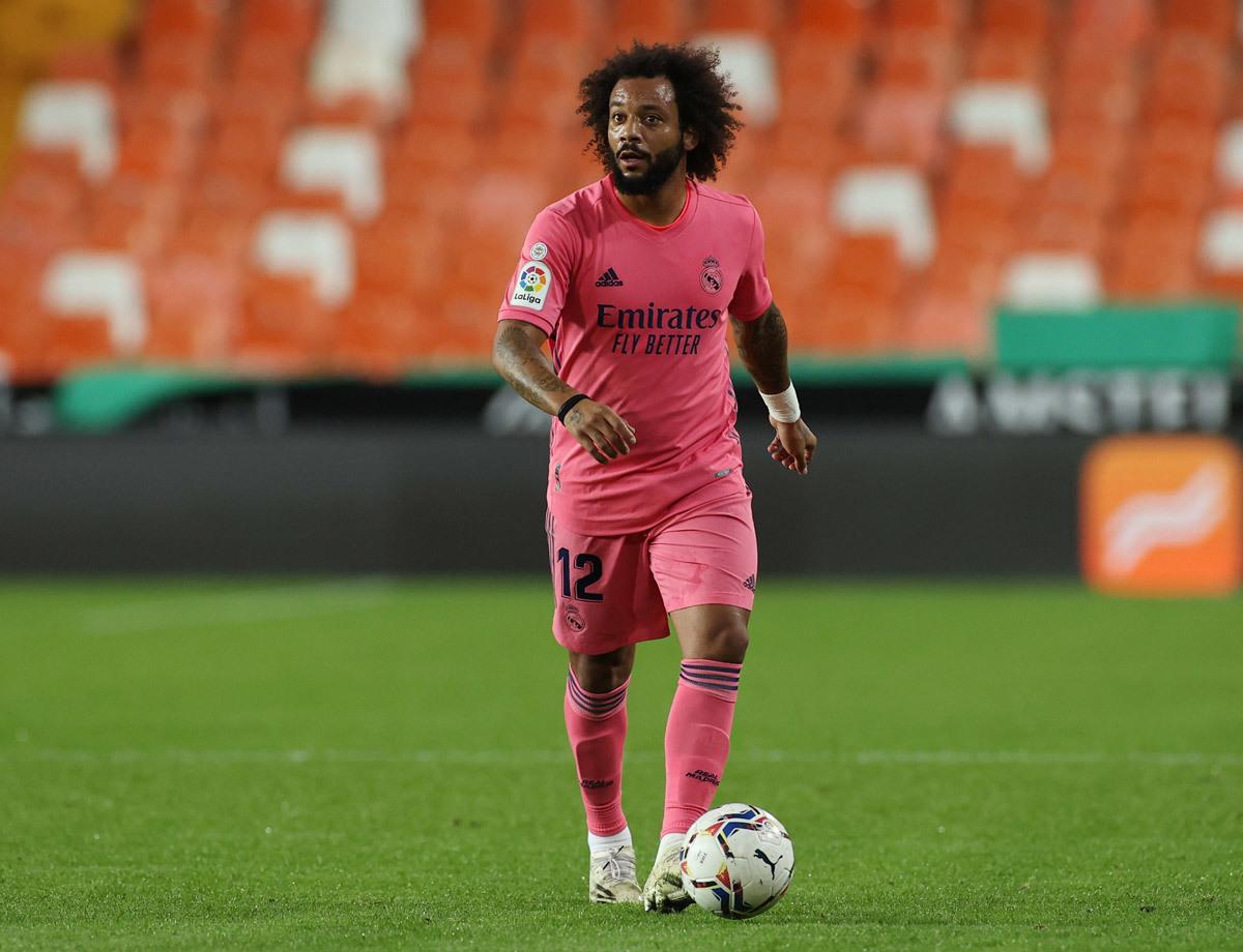 MU finished Trippier, Barca signed Salah