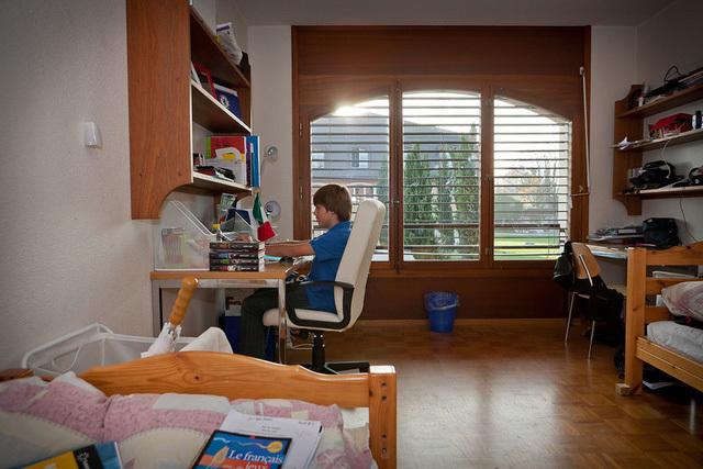 Cuộc sống bên trong ngôi trường nội trú đắt nhất thế giới