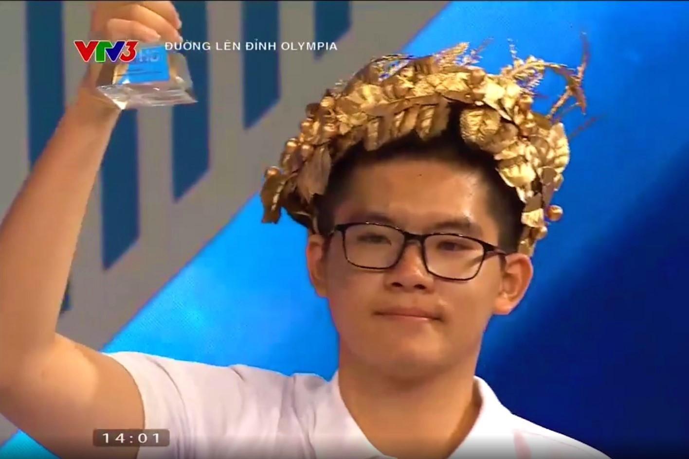 Nam sinh Quảng Ninh giành vé đầu tiên vào chung kết Đường lên đỉnh Olympia