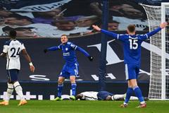 Vardy bùng nổ, Leicester đánh gục Tottenham