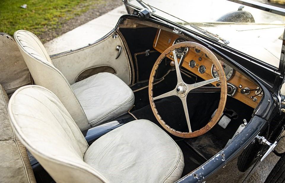 Bugatti Type 57S 'Dulcie' 1937 được rao bán giá 9,5 triệu USD