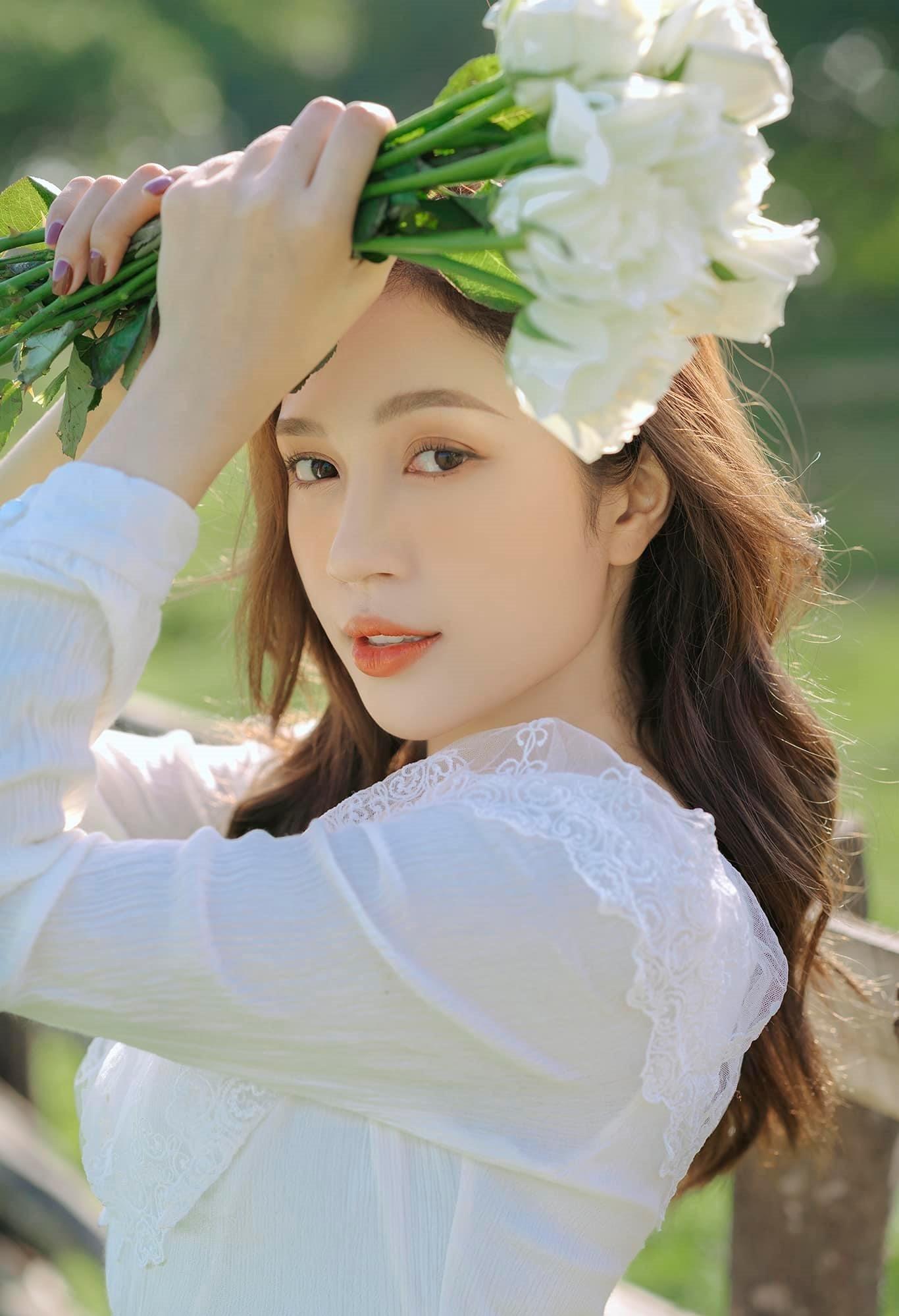Nhan sắc xinh đẹp của MC Ngọc Anh VTV