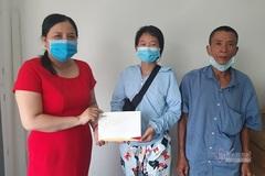 Trao hơn 53 triệu đồng đến gia đình anh Trương Lê Thành Danh