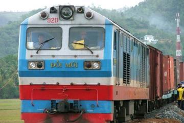 Đường sắt giảm nửa giá vé, từ Hà Nội đi TP.HCM còn 450.000 đồng