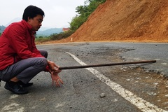 Khắc phục điểm sụt lún nghiêm trọng trên quốc lộ ở Thanh Hóa