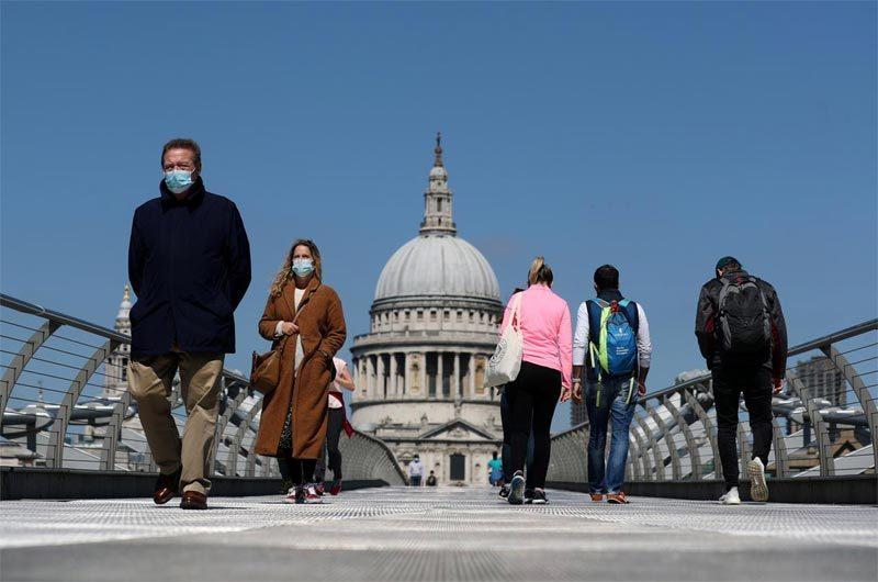 Thế giới 1,7 triệu người chết vì Covid-19, Anh xuất hiện biến thể virus mới đáng sợ