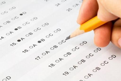 Nên chọn thi TOEFL hay IELTS?