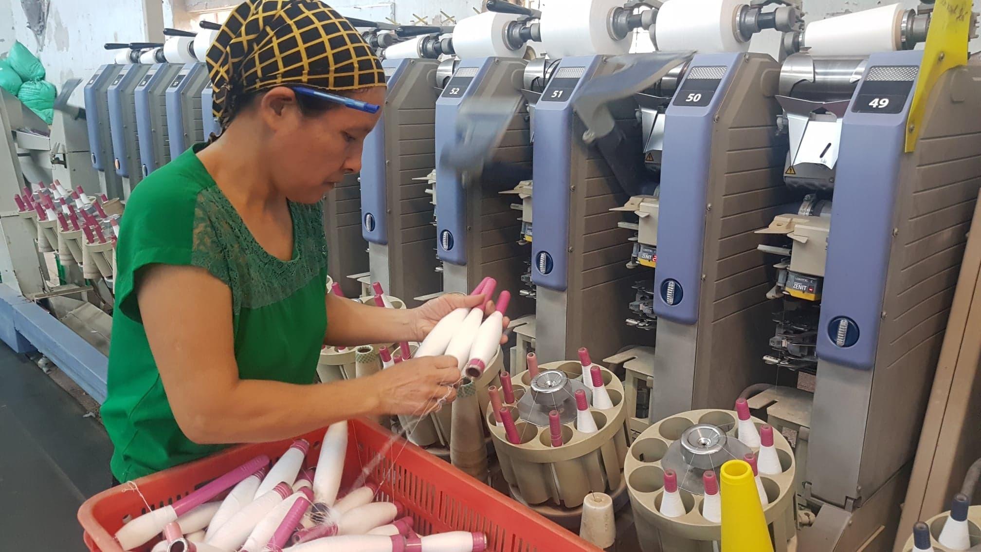 Đào tạo 100 cán bộ cải tiến sản xuất cho ngành dệt may