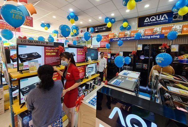 Ồ ạt sản phẩm điện tử, máy tính từ Trung Quốc vào Việt Nam