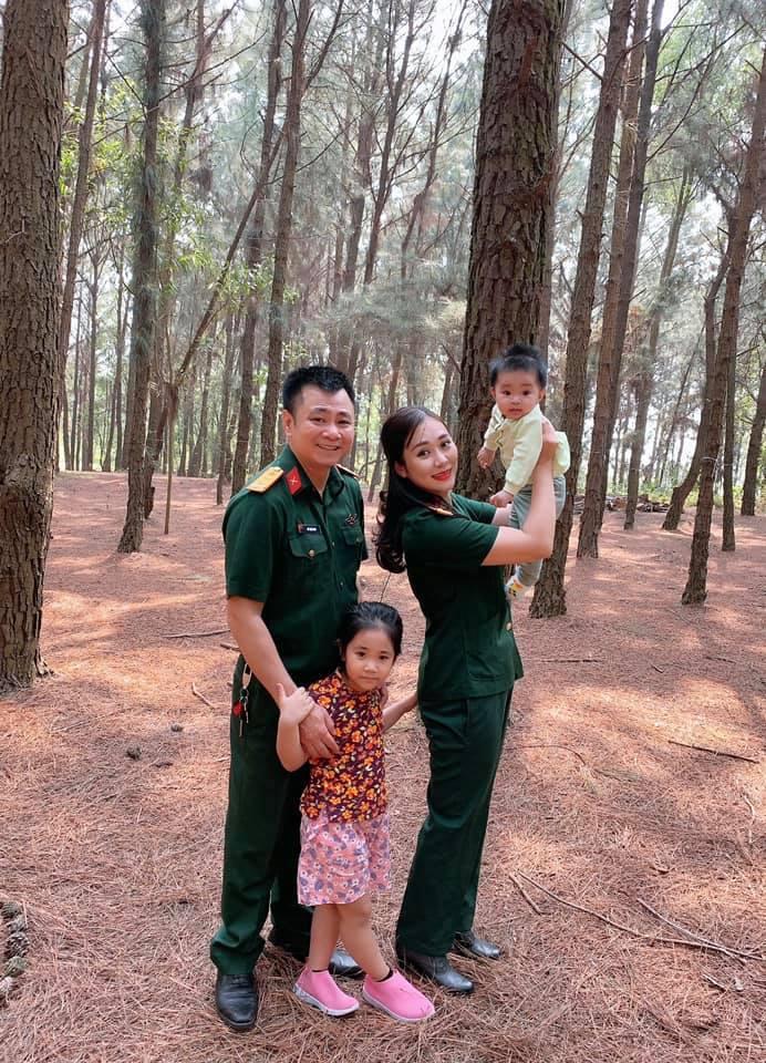 Việt Anh, Quỳnh Nga bên nhau tại biệt thự của Lã Thanh Huyền