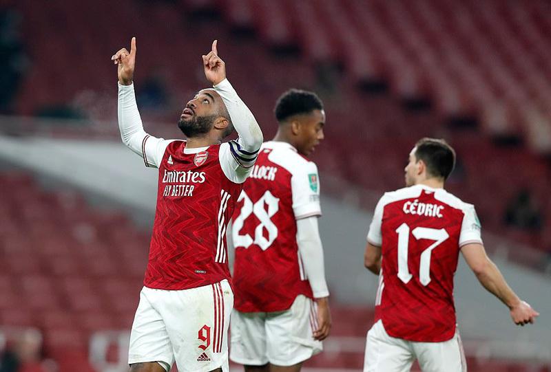 Man City 'thổi bay' Arsenal ra khỏi cúp Liên đoàn Anh