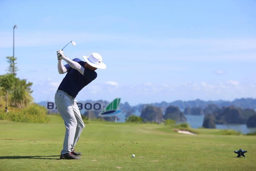 Tranh thưởng khủng ở sân golf nhiều HIO nhất Việt Nam