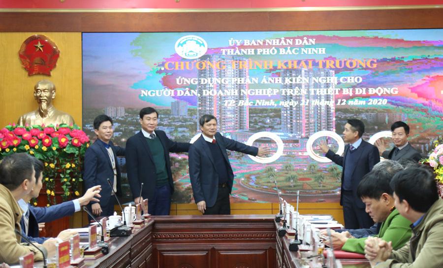 Bắc Ninh: Người dân 'gặp' chính quyền qua ứng dụng smartphone