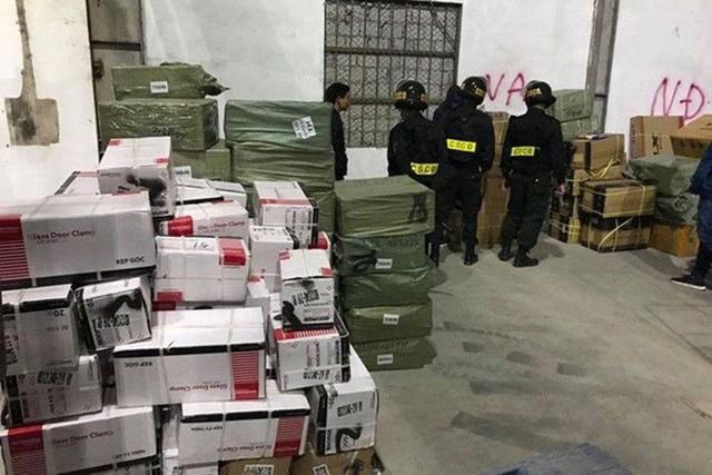 Quảng Ninh xem xét điều chuyển hàng loạt cán bộ để xảy ra buôn lậu