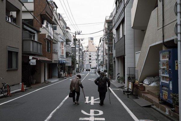 Nhật rúng động vụ hai mẹ con chết đói giữa đại dịch