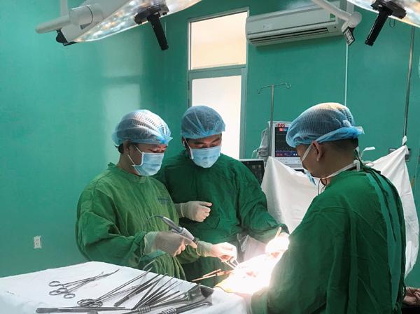 Khám bệnh để xuất khẩu lao động, cô gái phát hiện khối u chèn ép tim