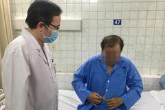 Bác sĩ nội soi sửa tim cho người đàn ông bị hở van 2 lá