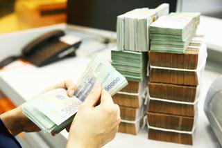 Finance experts warn of 'bond bubble'