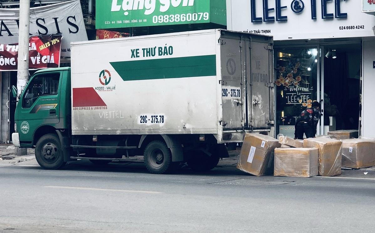 'Tuyệt chiêu' chống tráo đổi hàng của các doanh nghiệp bưu chính lớn