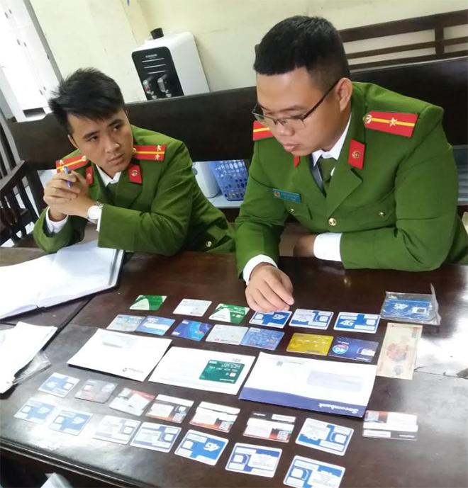 Bán tài khoản và thẻ ngân hàng - hành vi tiếp tay tội phạm