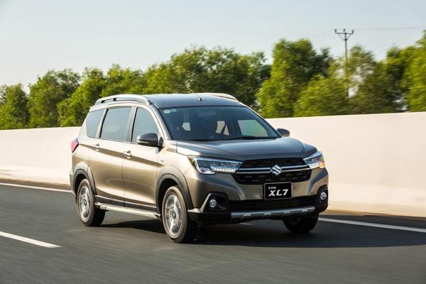 Suzuki XL7 tung ưu đãi lớn nhất năm