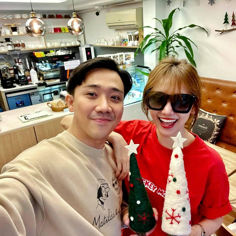 Trấn Thành, Hà Kiều Anh cùng dàn sao Việt đón Giáng sinh