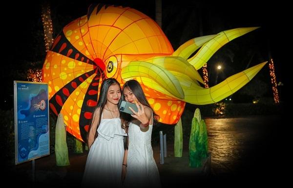 Giáng sinh mang sắc màu đại dương ở Phu Quoc Marina