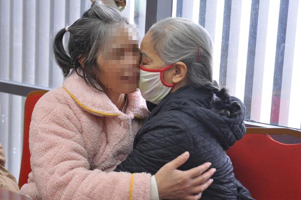 Nữ bệnh nhân Hà Nội tìm lại được gia đình sau 24 năm lưu lạc