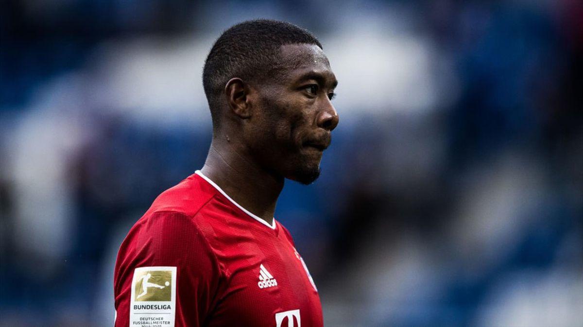 MU ký Calvert-Lewin, Chelsea mua Alaba
