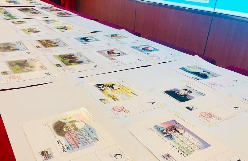Lấy ý kiến chuyên gia về mẫu tem bưu chính phát hành năm 2021