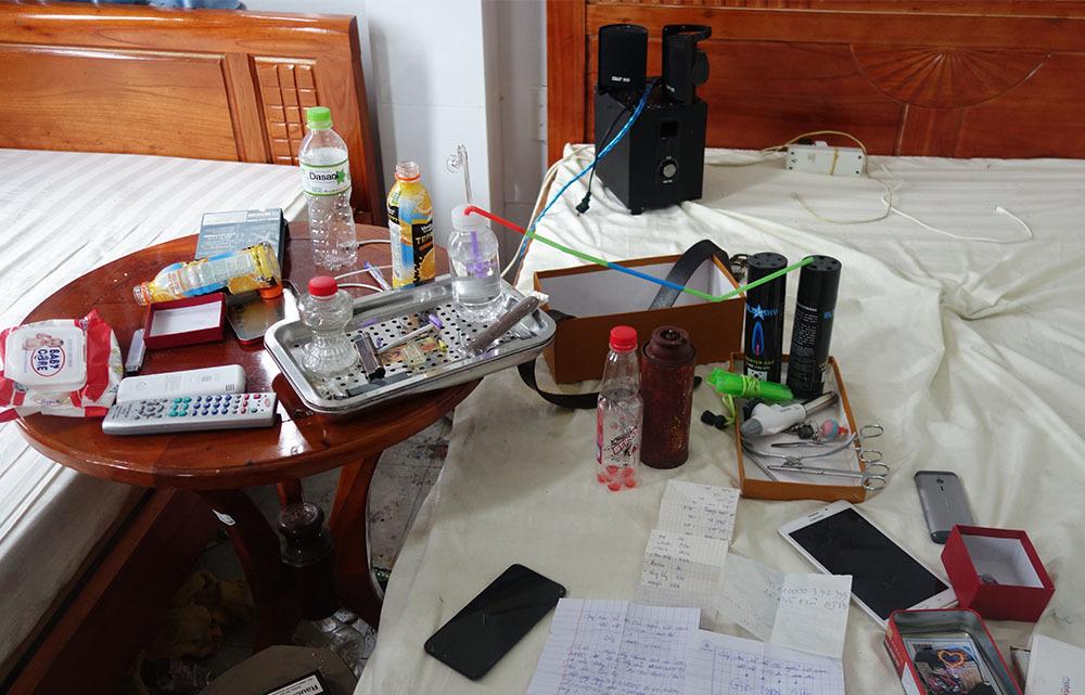 Hàng chục nam nữ 'phê' ma túy trong nhà nghỉ ở An Giang